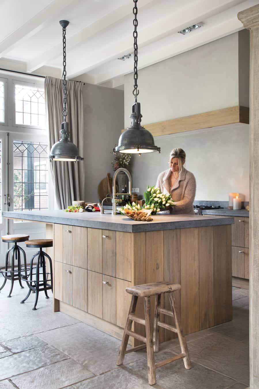 Gezellige houten keuken